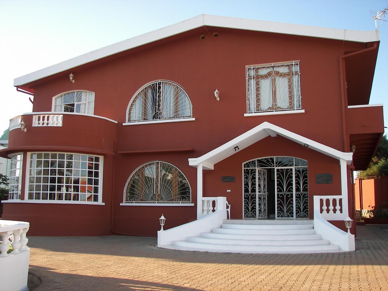 A vendre ou a louer villa de standing a antananarivo madagascar proche aeroport international for Site de villa a louer